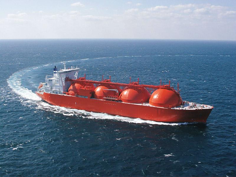 کاهش واردات LNG چین از آمریکا با ادامه جنگ تجاری