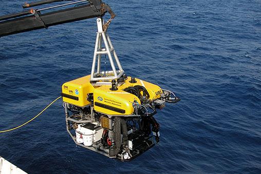 ROV رباتهای زير دريايي ویژه آبهای عمیق