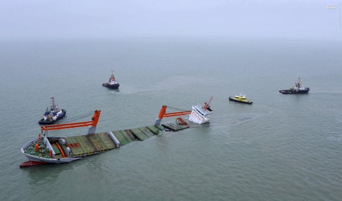 غرقشدن کشتی باری در دریای شمال