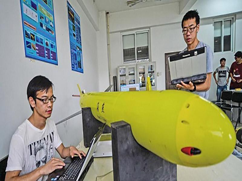 کاوشگری در عمق 6329 متری زیر دریا توسط ربات آبی کاوشگر چین