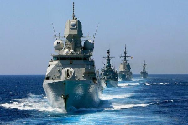 نمایش توان رزمی نیروی دریایی ارتش جمهوری اسلامی ایران در خزر