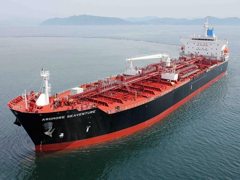 اعلام نوسازی ناوگان دریایی در پایانههای نفتی ایران