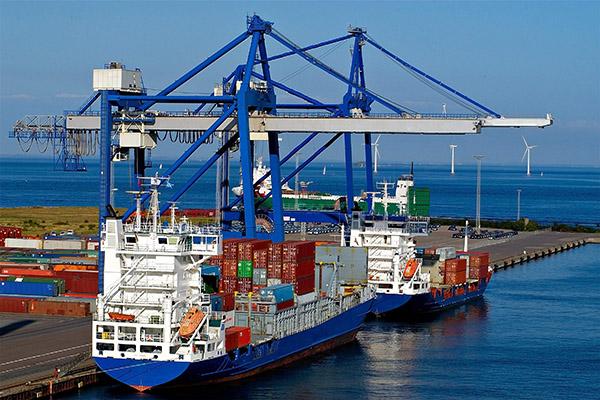 حمل و نقل دریایی در خرمشهر توسعه مییابد