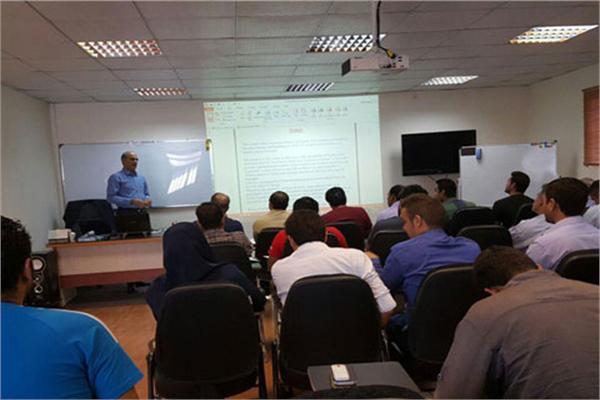 برگزاری نخستین دوره تخصصی متصدی بارگیری  در بندر شهید رجایی