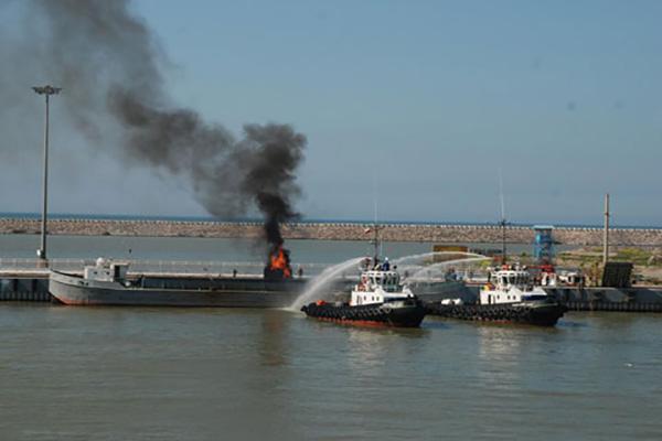 مانور بزرگ مقابله با آلودگی نفتی و جستجو و نجات دریایی