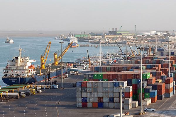 افزایش فعالیتهای صادراتی بنادر عسلویه و خارک