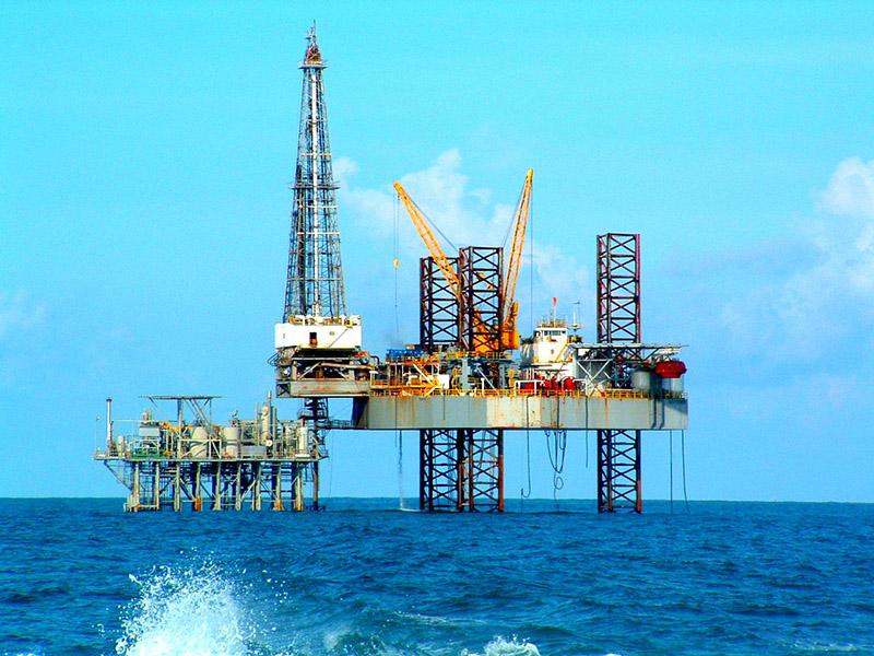 ایجاد تحرک جدید در صنایع فراساحل با امضای قراردادهای نفتی