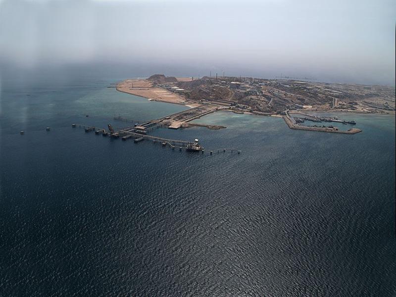 مروری بر شکل گیری پایانههای نفتی در خارگ