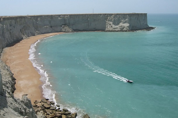 گردشگری در طرح توسعه سواحل مکران جای ندارد