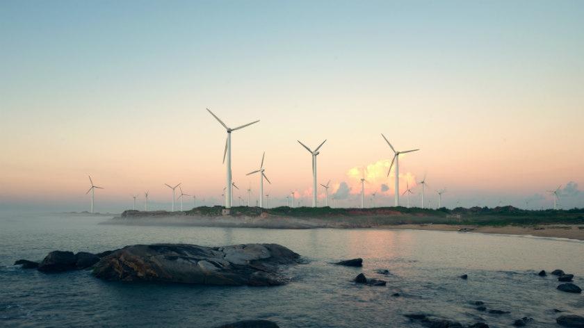اختصاص یک درصد درآمد شرکتهای بزرگ نفتی به انرژیهای سبز