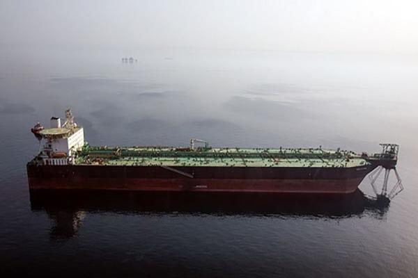 گزارش تصویری از پایانه نفتی شناور خلیج فارس