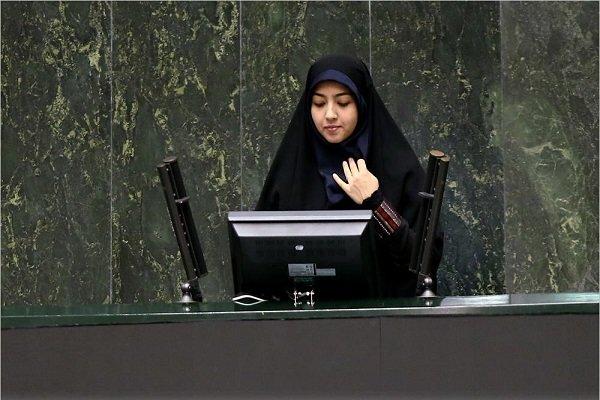 وزیر نفت درباره اختلاس در بدنه وزارتخانه به مردم توضیح دهد